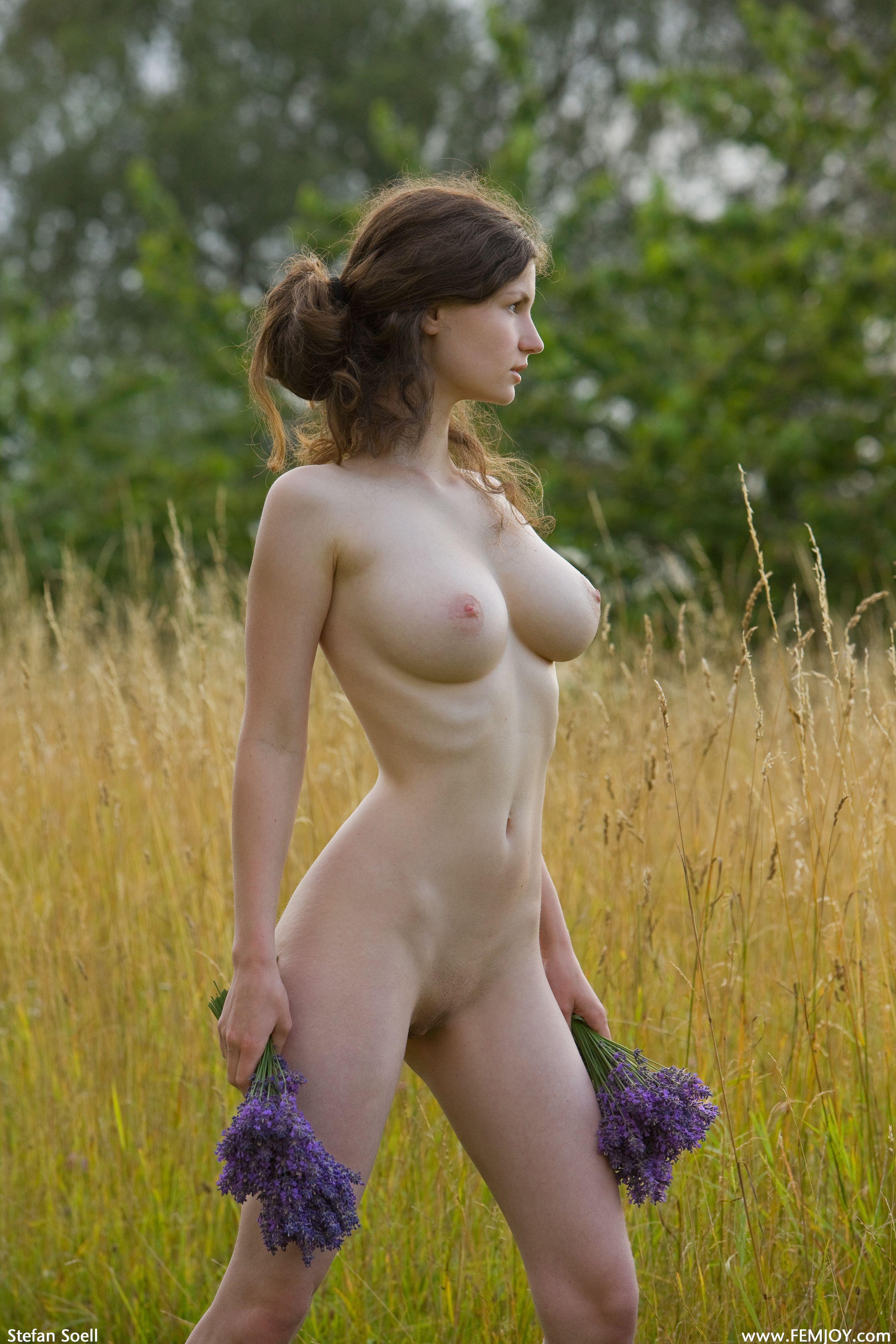 russkie-golie-devushki-besplatno