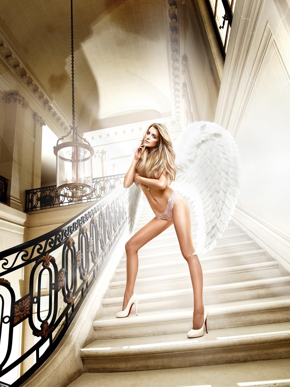 Фото реклама женских трусиков 7 фотография