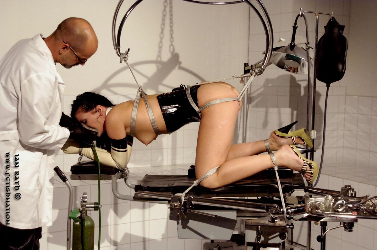 осмотр у гинеколога фотогалерея