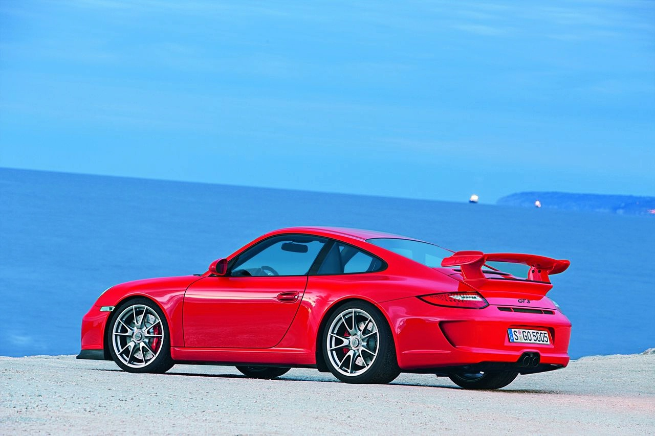 Porsche 911 GT 3 2010 02