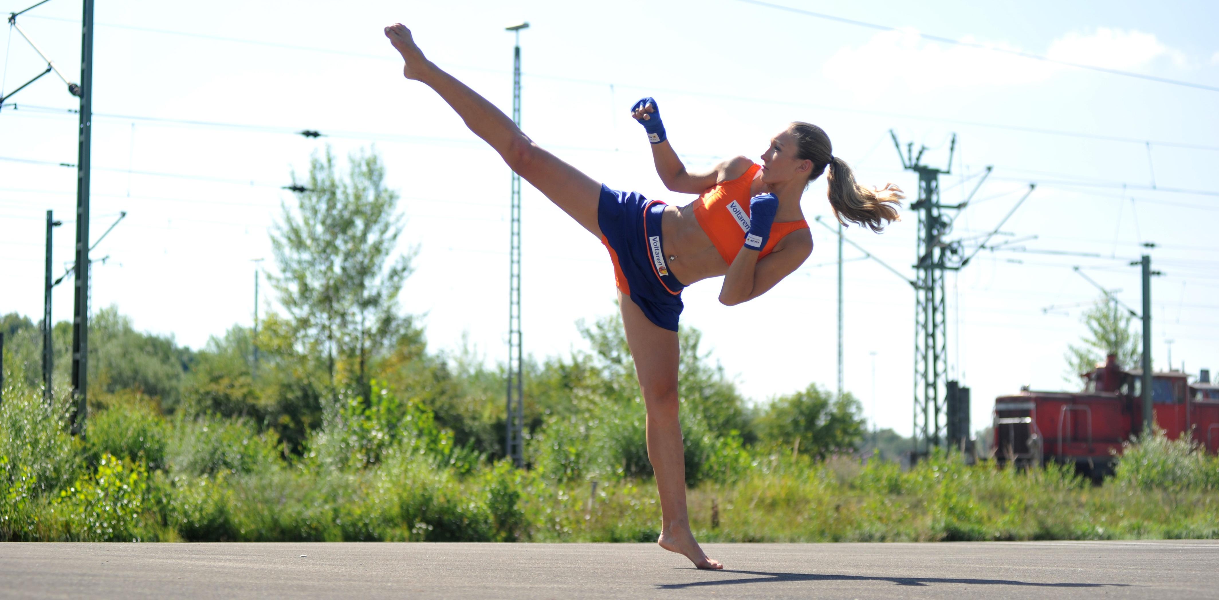 Christine Theiss Kickbox Photoshoot 2010 09