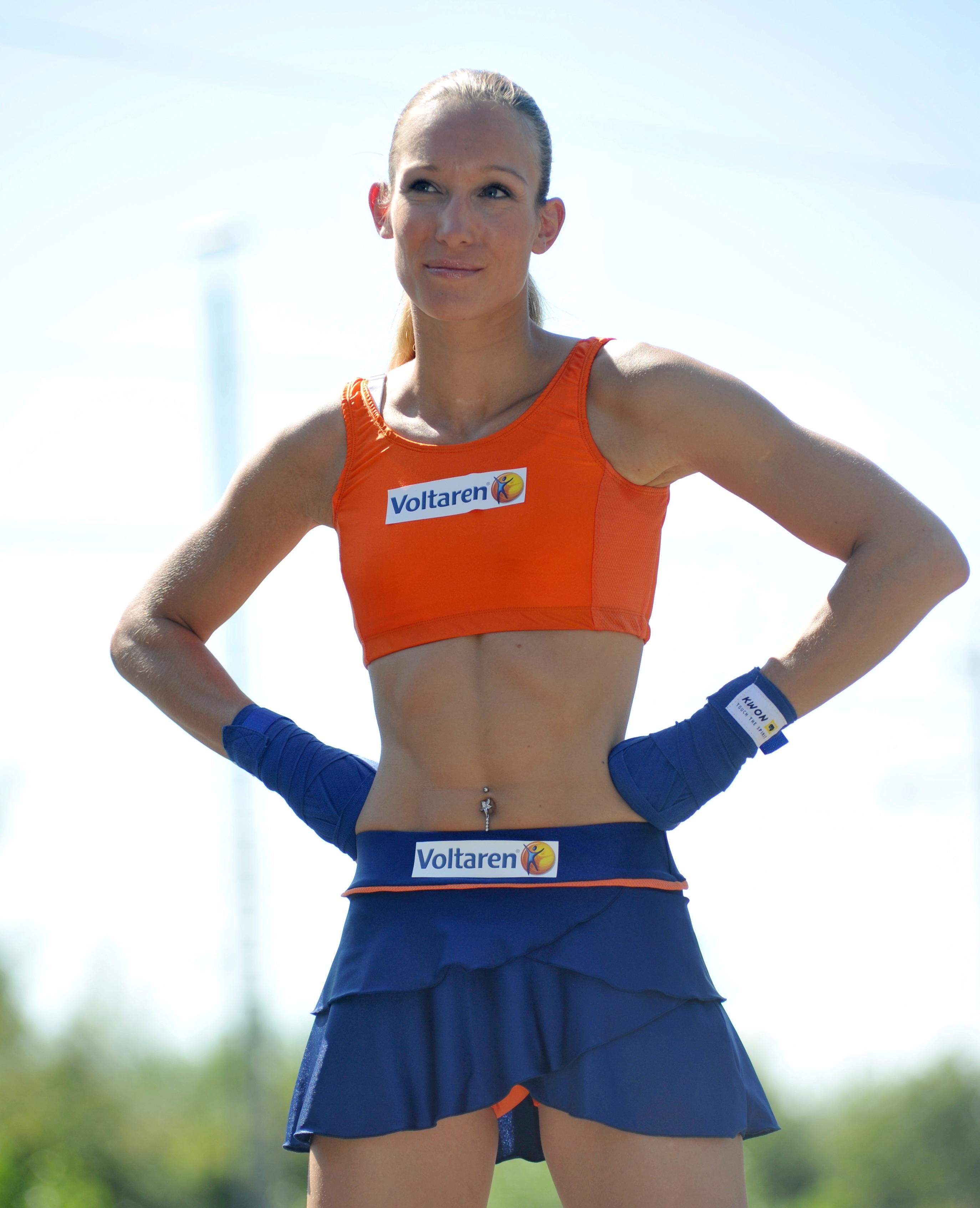Christine Theiss Kickbox Photoshoot 2010 03