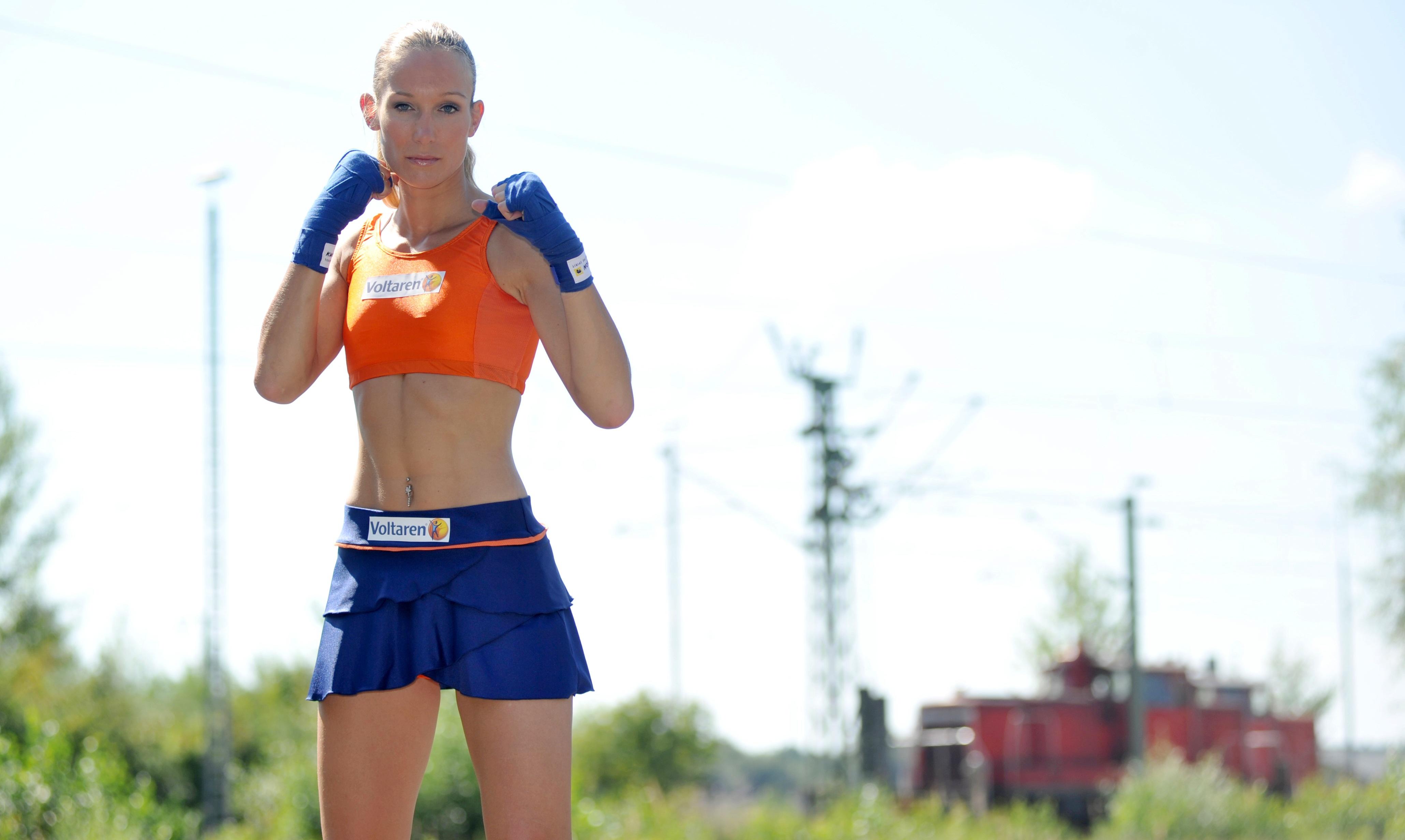 Christine Theiss Kickbox Photoshoot 2010 07