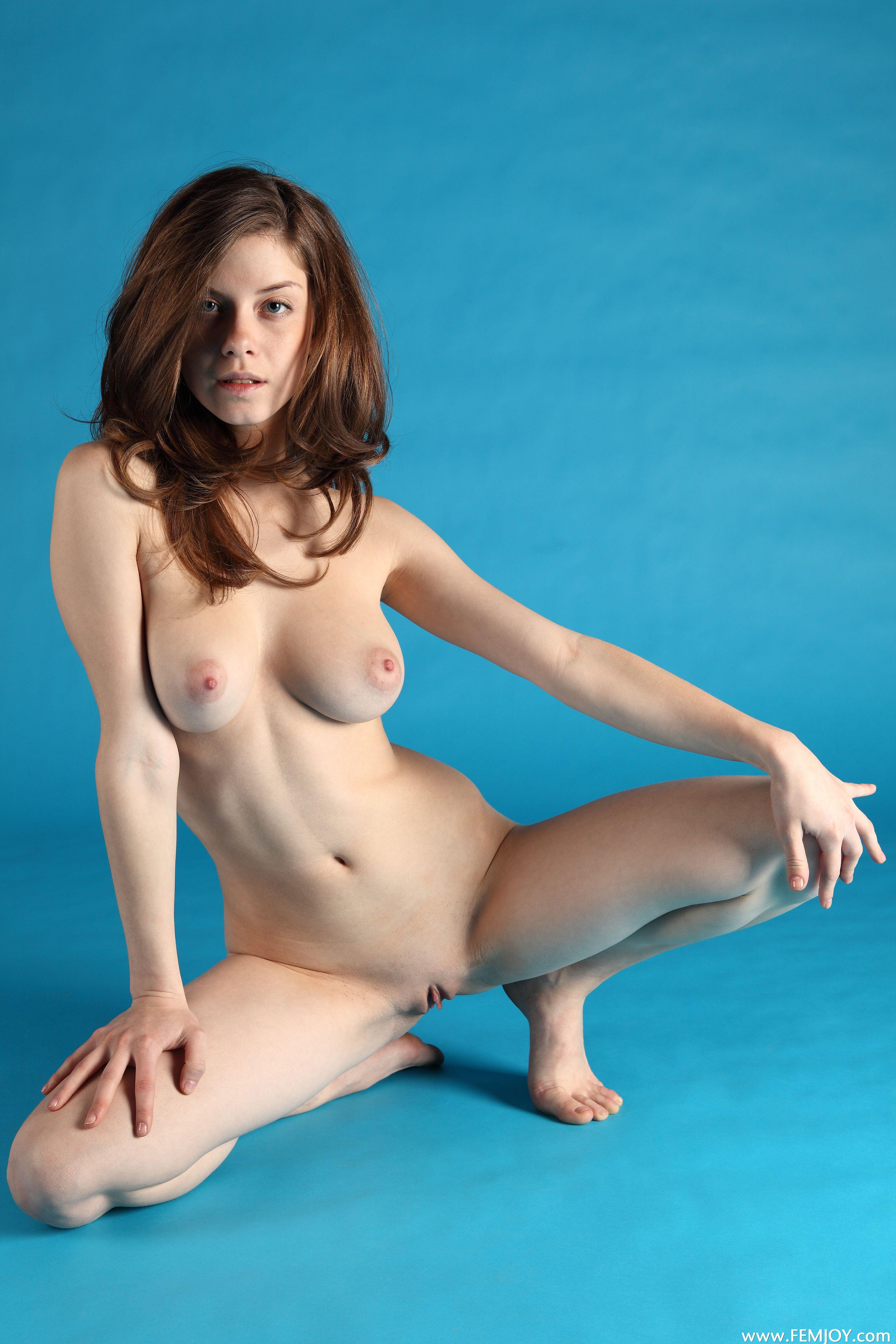 turboimagehost.com imagesize:960x1440ls porn 5